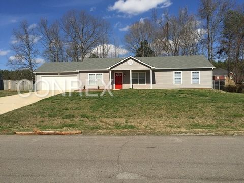 109 Candice Dr, Toney, AL 35773