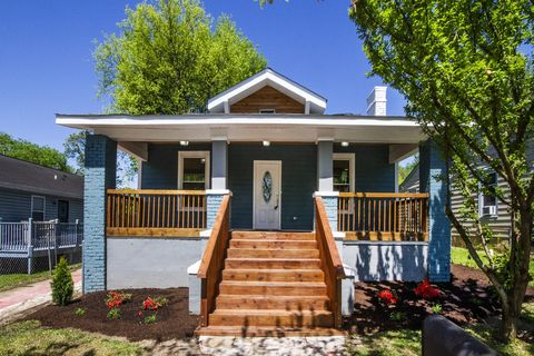 Photo of 2425 Woodbine Ave, Knoxville, TN 37917