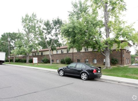 Photo of 706 W Berry Ave, Littleton, CO 80120