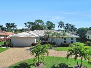 Photo of 722 Park Shore Ct, Naples, FL 34103