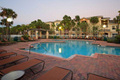 Photo of 4495 Emerald Vis, Palm Springs, FL 33461
