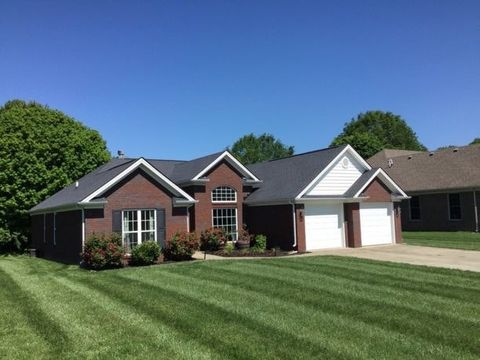 149 N Canterbury Glen Dr, Mount Washington, KY 40047