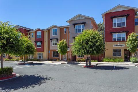 Photo of 3589 Round Barn Rd, Santa Rosa, CA 95403