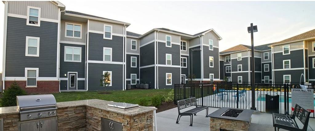 Greenhill Apartments at Edwardsville