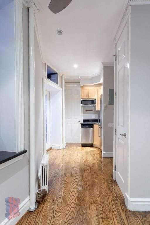 330 E 35th St Apt 4, New York, NY 10016