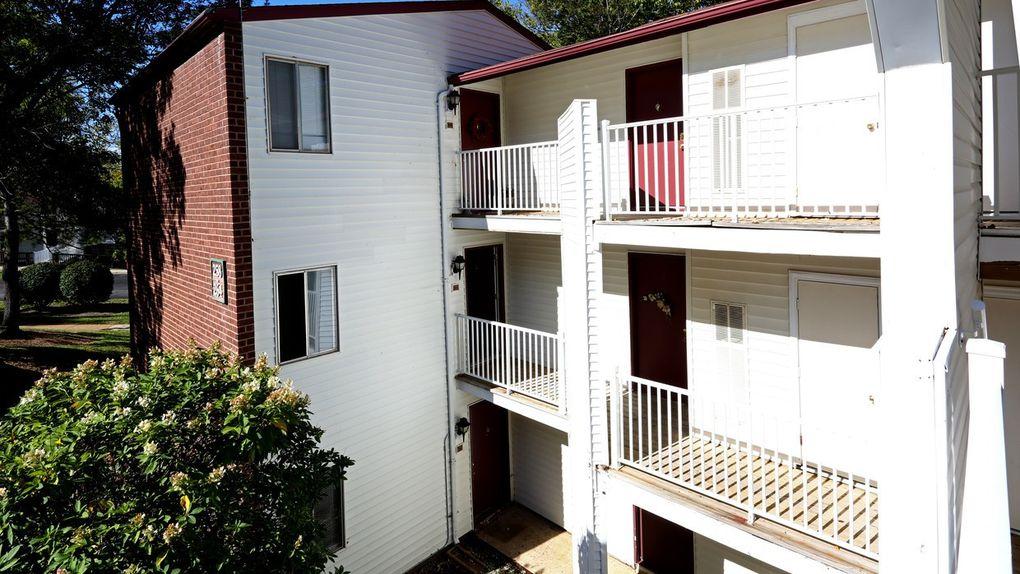Cherry Creek Apartments Ballwin Mo