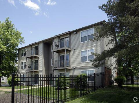 Photo of 900 Westgate Ave, University City, MO 63130
