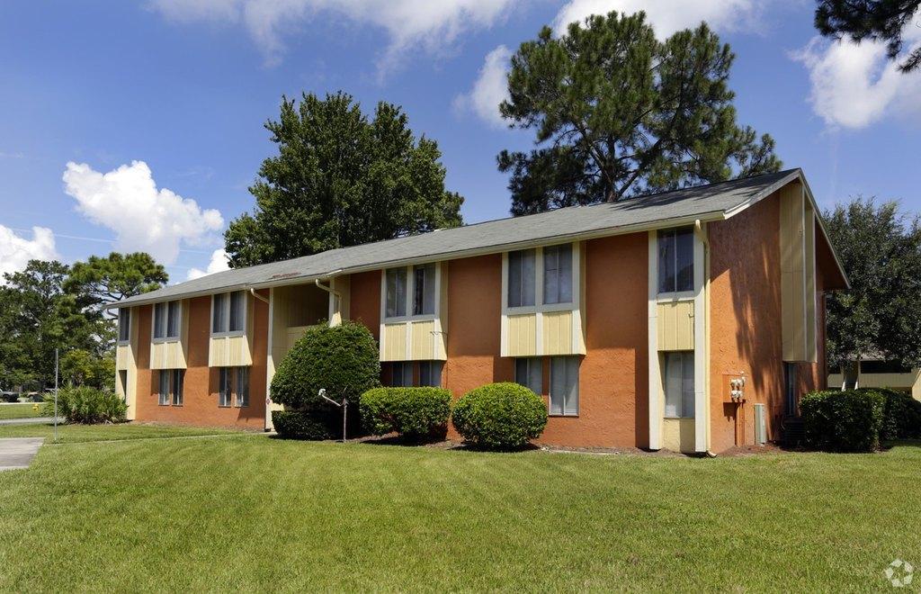 10101 Arrowhead Dr, Jacksonville, FL 32257