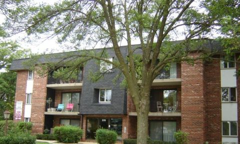 Photo of 15119 Catalina Dr, Orland Park, IL 60462