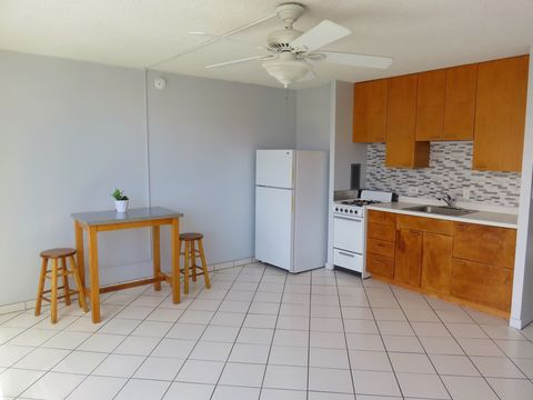 1550 Wilder Ave, Honolulu, HI 96822