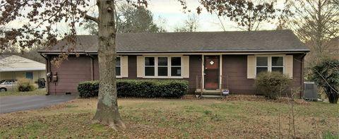 Photo of 508 Morton Cir, Chattanooga, TN 37415