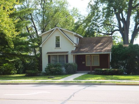 Photo of 1514 E Center St, Warsaw, IN 46580