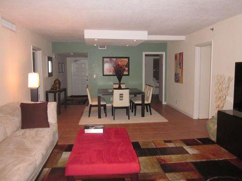 Photo of 3520 Oaks Way, Pompano Beach, FL 33069