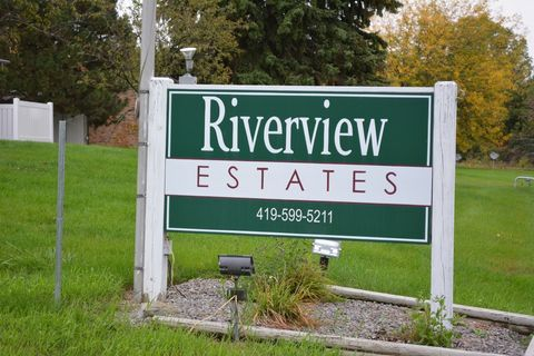 Photo of 1140 E Riverview Ave, Napoleon, OH 43545