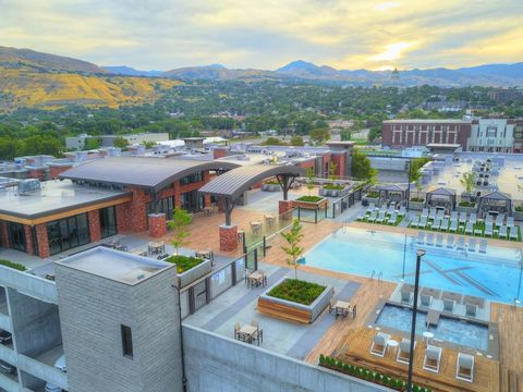 255 N 400 W, Salt Lake City, UT 84103