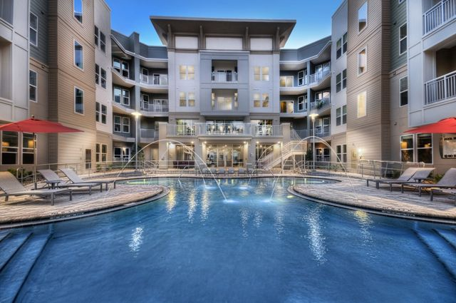 The Uptown At St Johns Apartments