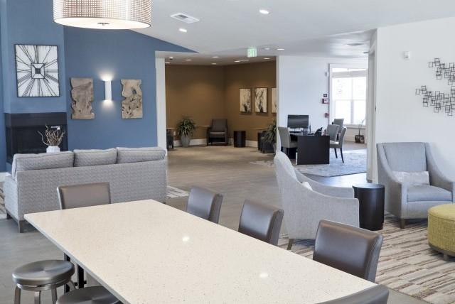 Highland Crossing Apartments:
