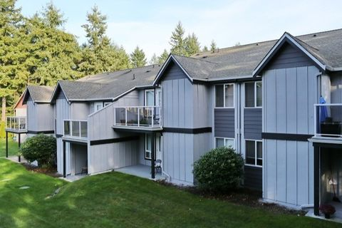 Photo of 2215 47th Ave Nw, Gig Harbor, WA 98335