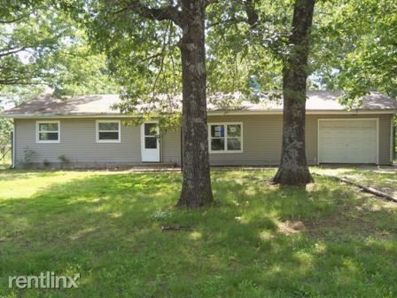 Photo of 10945 N Farm Road 115, Willard, MO 65781