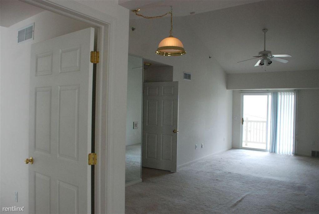 850 Brandon Ave, Pontiac, MI 48340