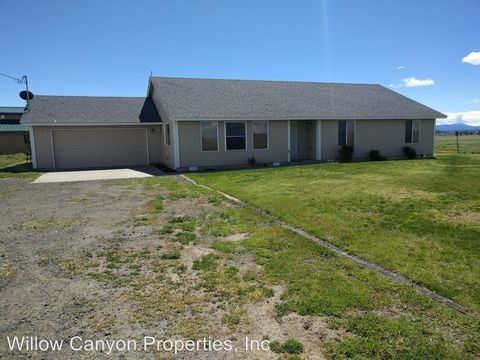 1019 Nw Elm Ln, Madras, OR 97741