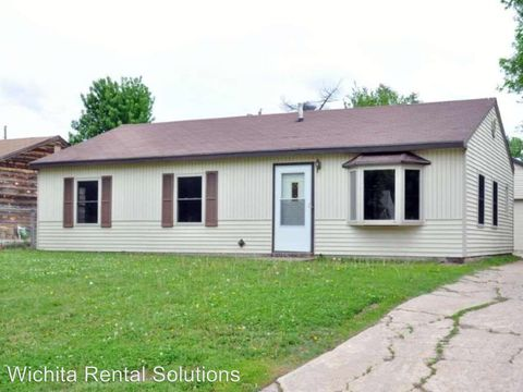 1433 E Frontenac St, Park City, KS 67219