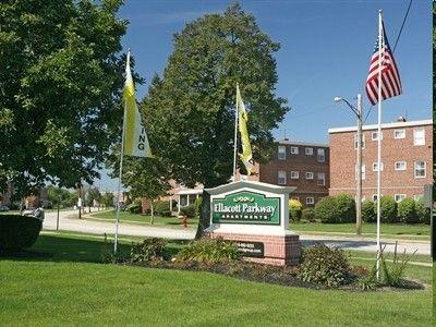 21170 Ellacott Pkwy, Warrensville Heights, OH 44128
