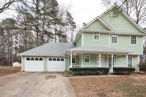 Photo of 3158 Jessica Dr, Douglasville, GA 30135