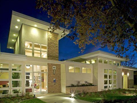 Photo of 3700 Navaho Dr, Antelope, CA 95843