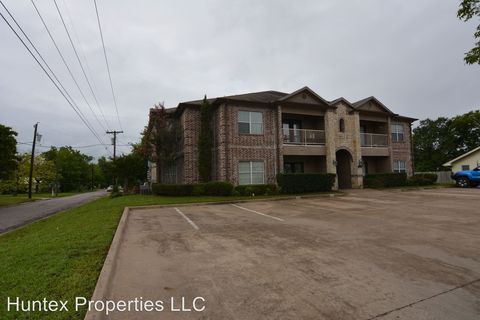 Photo of 1609 And 1701 Walnut, Commerce, TX 75428