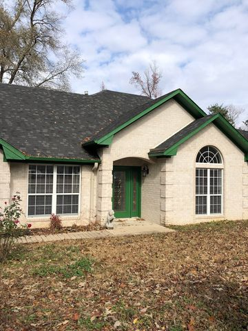 Photo of 4512 Willow Bnd, Mount Pleasant, TX 75455