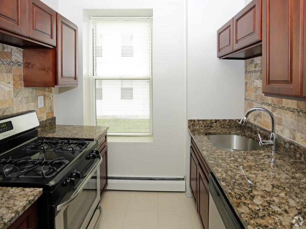 Seaview Estates Apartments