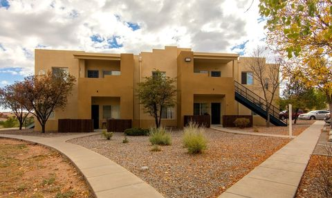 Photo of 6332 Entrada De Milagro, Santa Fe, NM 87507