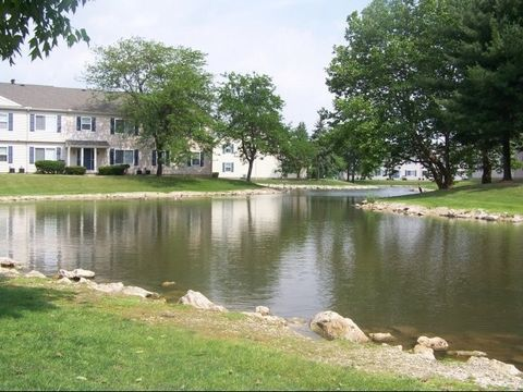 Photo of 3617 Lakepointe Dr, Northwood, OH 43619