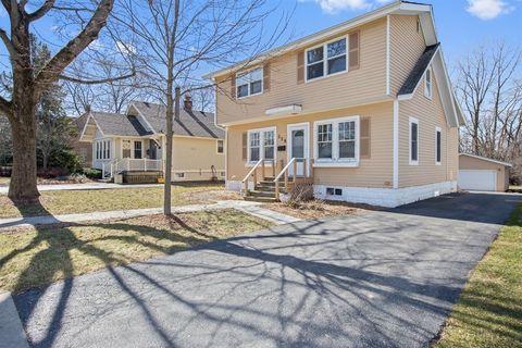 528 North Ave, Barrington, IL 60010