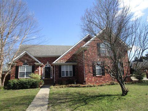 Photo of 2905 Runnymeade Dr, Murfreesboro, TN 37127
