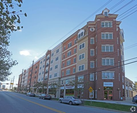 Photo of 130 Rollins Ave, Rockville, MD 20852