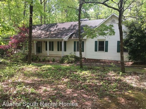 Photo of 860 Gary Summers Rd, Senoia, GA 30276