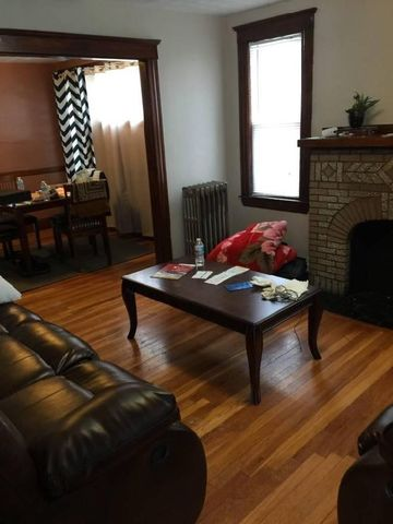 166 Fayette St, Quincy, MA 02170