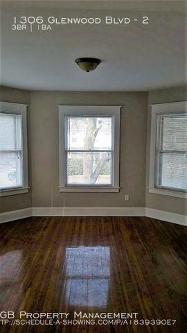 Photo of 1306 Glenwood Blvd Unit 2, Schenectady, NY 12308