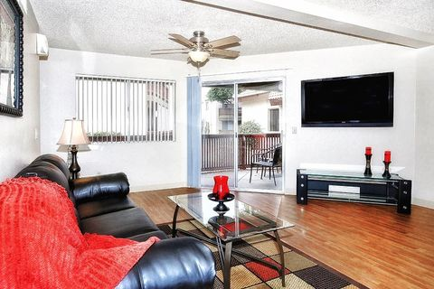 Photo of 5959 W Greenway Rd, Glendale, AZ 85306