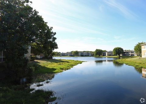 Photo of 15000 Iona Lakes Dr, Fort Myers, FL 33908