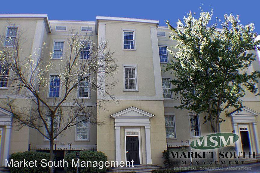 335 W Charlton St, Savannah, GA 31401