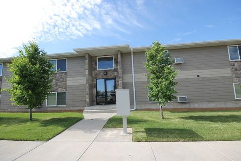 2326 14th Ave S, Great Falls, MT 59405