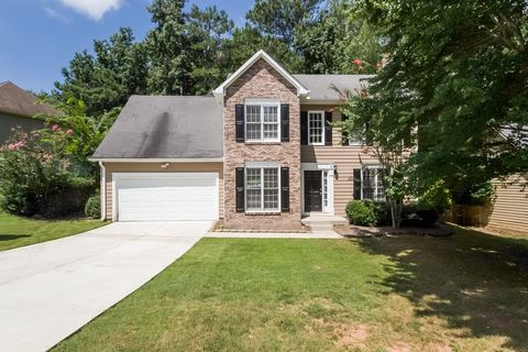 Photo of 7111 Big Woods Dr, Woodstock, GA 30189