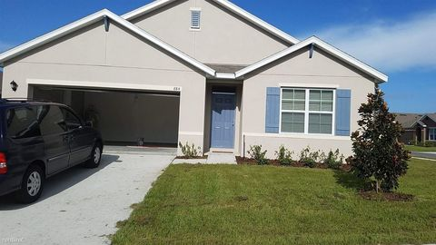 884 Freedom Blvd, Davenport, FL 33837