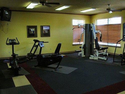 8359 Harwood Rd, North Richland Hills, TX 76180 - realtor.com®