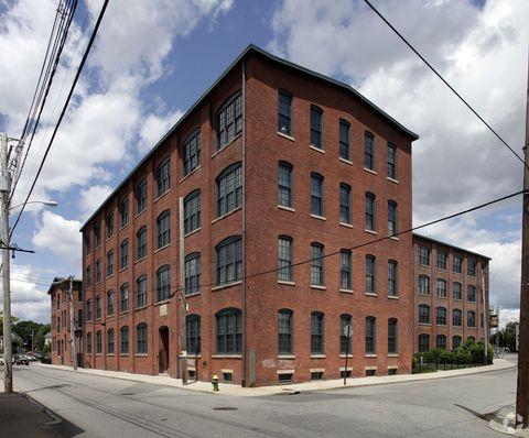 Photo of 230 Dexter St, Providence, RI 02907