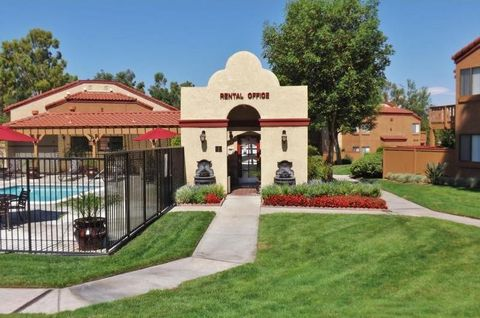 Photo of 11 Tennessee St, Redlands, CA 92373