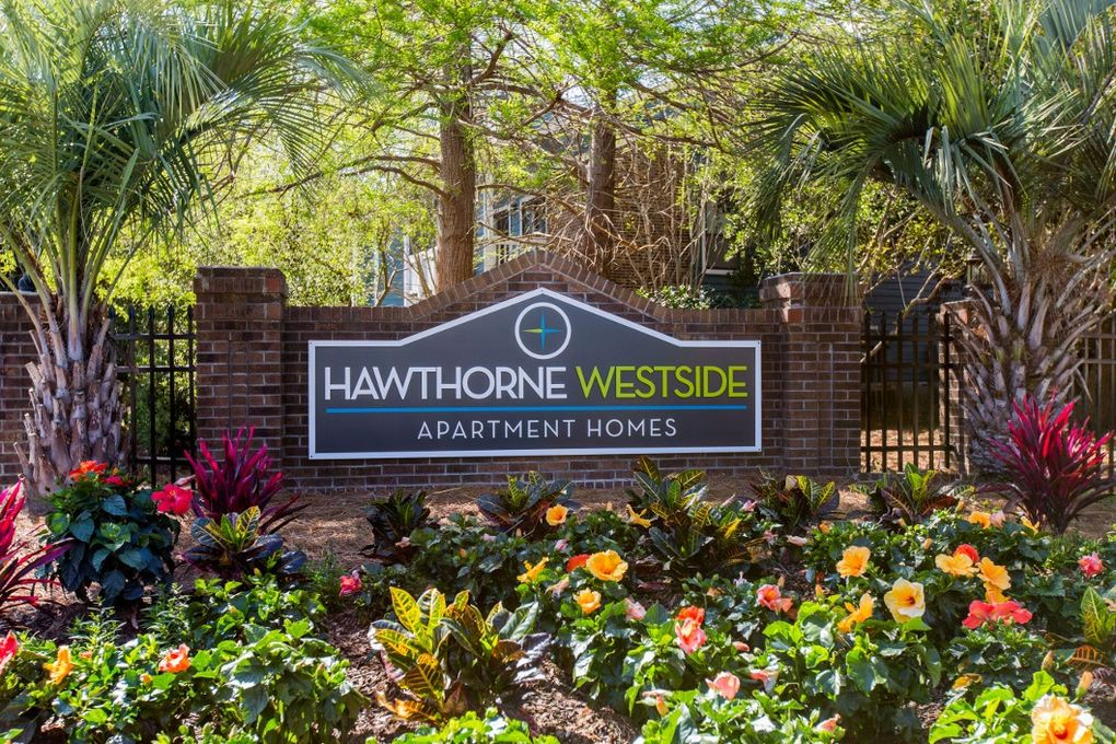 2235 Ashley Crossing Dr, Charleston, SC 29414